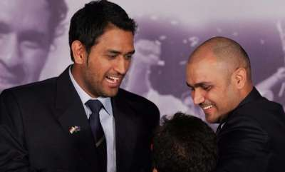 sports-news-virender-sehwag-says-that-no-one-can-replace-ms-dhoni-till-2019-odi-world-cup