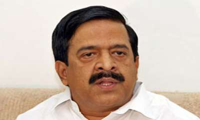 latest-news-self-financing-fees-issue-chennithala-approaches-hc