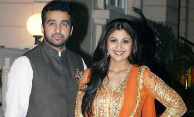 latest-news-restaurant-bouncers-beat-up-paparazzi-for-clicking-pictures-of-shilpa-shetty-and-raj-kundra