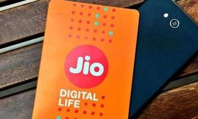 tech-news-jio-offers-25gb-free-data-to-intex-4g-smartphone-users