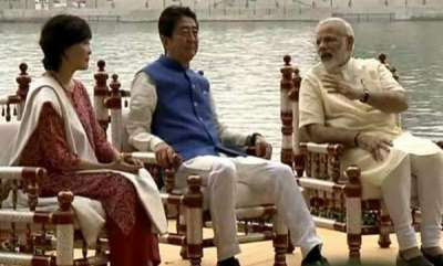 latest-news-narendra-modi-and-shinzo-abe-visit-sabarmati-ashram
