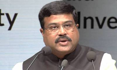 india-oil-minister-says-petrol-prices-will-come-down-soon