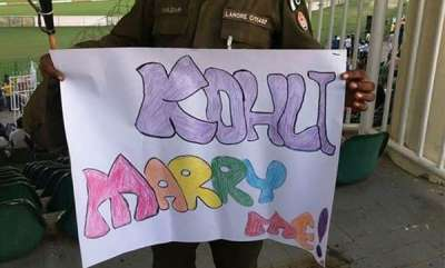 specials-marry-me-virat-kohli-pakistan-cops-bizarre-request