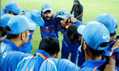 latest-news-kolkatha-oneday-india-opt-to-bat-first-against-australia