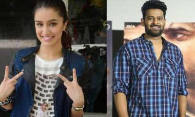 latest-news-sredha-kapoor-surprises-prabhas-by-cute-gift-in-saaho-location
