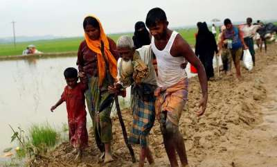 latest-news-bangladesh-does-not-want-to-give-mobile-phones-to-rohingya-refugees