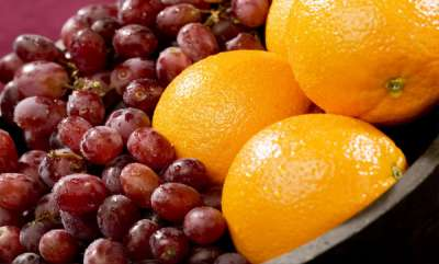 life-style-eating-orange-grape-daily-reduce-the-risk-of-dementia-study