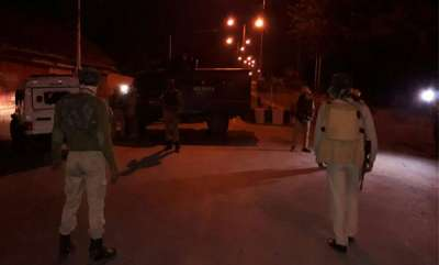 latest-news-1-terrorist-gunned-down-a-total-of-3-bsf-troopers-injured-in-attack-on-campus-of-bsfs-camp