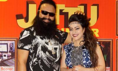 india-honeypreet-tells-tv-channel-devastated-depressed-by-violence-accusations