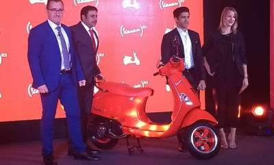 auto-piaggios-vespa-red-scooter-launched-in-india-priced-at-87000