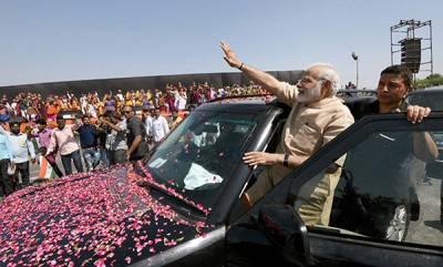 latest-news-vadnagar-taught-me-to-drink-and-digest-poison-says-pm-modi