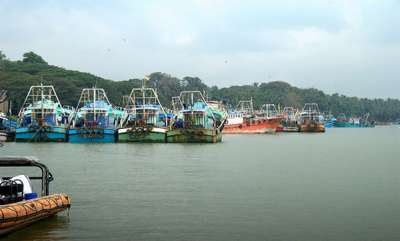 latest-news-beypore-boat-accident-two-body-found