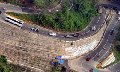 latest-news-vehicles-parking-banned-in-wayanad-hairpin-bend