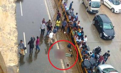 latest-news-two-men-thrown-off-a-flyover-and-killed-after-their-bike-was-hit-by-speeding-cab
