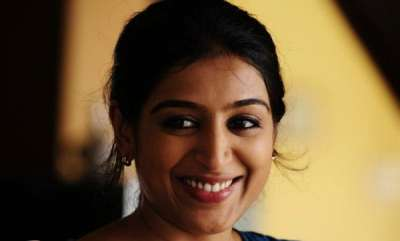 latest-news-padmapriya-reveals-about-casting-couch