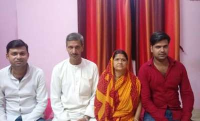 rosy-news-bihar-man-returns-rs-4-lakh-dowry-for-sons-wedding
