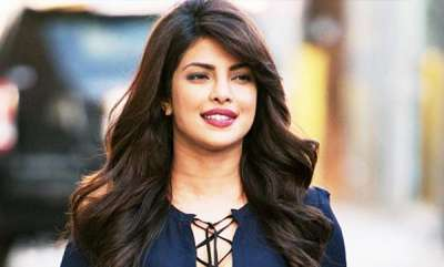 chit-chat-harveys-all-over-also-in-india-priyanka-chopra