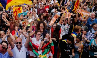 india-catalonia-declares-independence-from-spain-direct-madrid-rule-looms