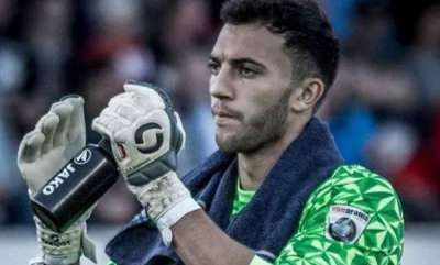 odd-news-football-goalkeeper-max-crocombe-urinates-on-the-field-during-match