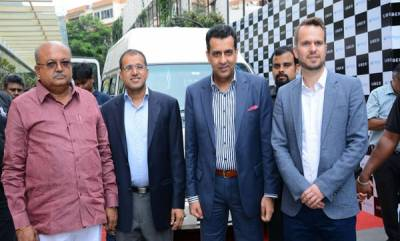 business-uber-in-partnership-with-mphasis-launches-uberaccess-and-uberassist-in-india