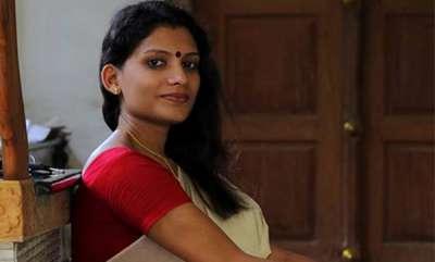 latest-news-reshmi-r-nair-facebook-post-against-santhosh-pandit