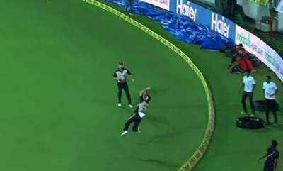 latest-news-india-vs-new-zealand-2017-mitchell-santner-combines