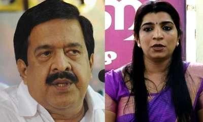 latest-news-ramesh-chennithala-sought-evidences-against-oommen-chandy-reveals-saritha-s-nair