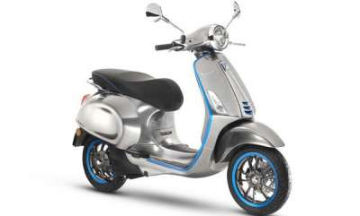 auto-vespa-is-electrifying-its-iconic-scooter-for-2018