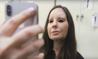 tech-news-security-firm-bypasses-iphone-xs-face-id-with-150-mask