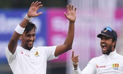 latest-news-kolkatha-test-sri-lanka-restricted-india-to-172-runs
