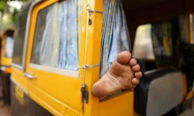 latest-news-22-year-old-girl-gangraped-by-three-men-in-moving-auto