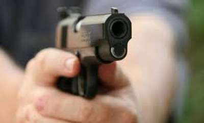 latest-news-shootout-near-delhis-dwarka-mor-metro-station-five-men-held-with-weapons