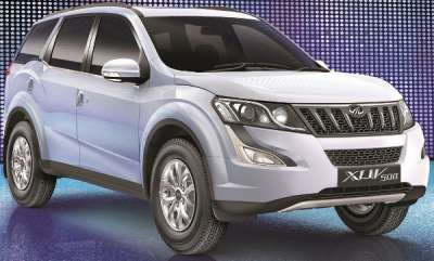 auto-mahindra-xuv500-petrol-version-unveiled-in-the-uae