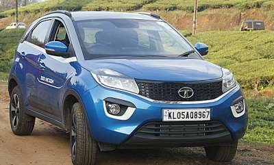 auto-tata-nexon-review-features-price-and-specs