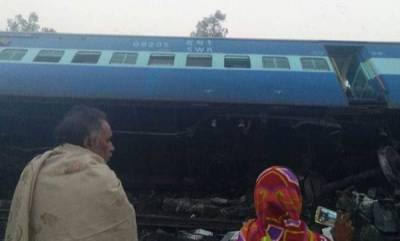 india-three-passengers-killed-as-train-derails-in-up