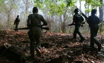 latest-news-police-arrested-four-naxalites-in-chattisgarh