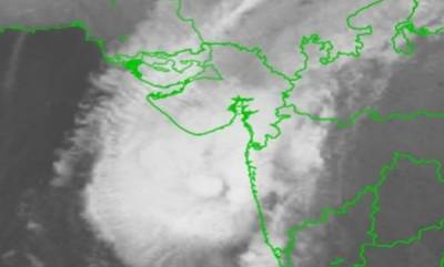 india-cyclone-ockhi-moves-closer-to-guj-rainfall-at-most-places