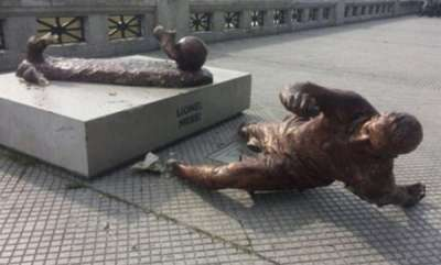 latest-news-lionel-messi-statue-in-buenos-aires-destroyed-once-again-as-vandals-cut