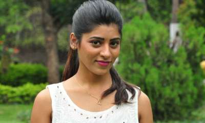 chit-chat-actress-alleges-rape-attempt-by-producer