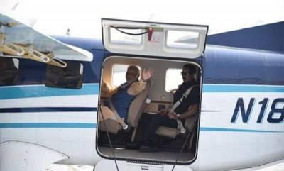 india-modi-takes-sea-plane-from-sabarmati-to-visit-ambaji-temple