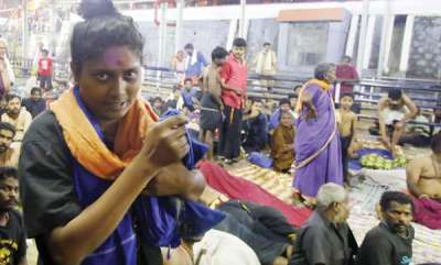latest-news-sabarimala-transgender-from-tamil-nadu-sent-back
