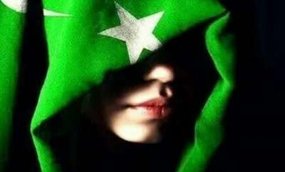latest-news-pakistans-spy-girls-aimed-indian-officials