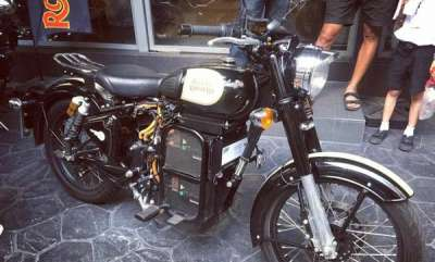 auto-royal-enfield-electric-motorcycle-showcased-at-companys-thailand-showroom