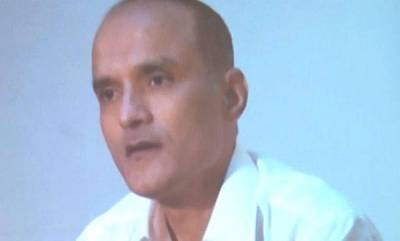 india-pakistan-grants-visas-to-kulbhushan-jadhavs-mother-and-wife