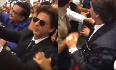 latest-news-shah-rukh-khan-petrified-in-mob