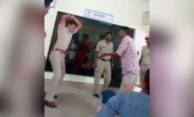latest-news-cop-thrashes-2-men-with-leather-strap-in-police-station