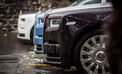 auto-rolls-royce-phantom-viii-features