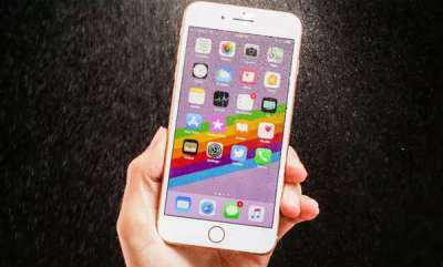 tech-news-iphone-battery-explodes-at-zurich-apple-store-one-injured
