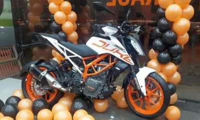 auto-ktm-duke-390-white-launched-in-india