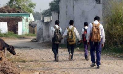 india-schools-along-ib-loc-shut-due-to-pak-shelling-in-jammu